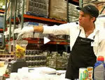 Lefty demonstates the utility of a Blendtec blender at Costco